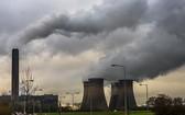 聯合國環境規劃署警告:除非未來十年全球溫室氣體排放量每年下降7.6%,否則將升溫控制在1.5攝氏度之內的目標將無法實現。(圖源:AFP)
