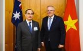 市委書記阮善仁(左)與澳大利亞總理莫里森。(圖源:喬峰)