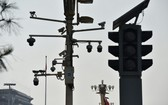 圖為北京天安門廣場上的攝像頭。(圖源:AFP)