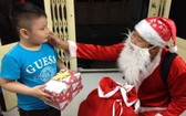 """""""聖誕老人""""上門送禮物勞務受歡迎"""