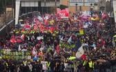 巴黎公交公司因罷工每天損失300萬歐元,目前罷工進入第三十三天,損失總額接近1億歐元。(圖源:AFP)