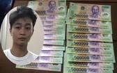 涉案嫌犯張智強(小圖)與假鈔物證。(圖源:警方提供)
