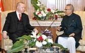 巴基斯坦總理伊姆蘭‧汗(右)與土耳其總統埃爾多安舉行會晤。(圖源:互聯網)