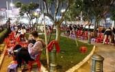 舊邑郡第七坊范輝聰街的公園被若干小商販佔用。