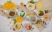 Café Cardinal餐廳特別推出中午慶節自助餐,包括芽莊龍蝦、美國牛脊肉及多類獨特美食、甜品。(圖源:Café Central )