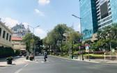 疫情期間的胡志明市街道上人煙稀少,幾乎不見游客蹤影。(圖源:何梅)