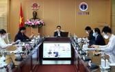 政府副總理武德膽(中)主持新冠肺炎疫情防控國家指委會會議。(圖源:VGP)