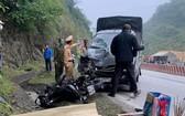 圖為發生在和平省的一起交通事故現場,兩人當場死亡。(圖源:日新)