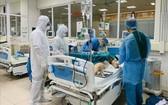 第91病例是本市當前唯一一例新冠肺炎危重型患者,病情危殆,十分兇險。(圖源:越通社)