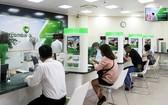 未來期間,前往傳統銀行進行交易的客戶將會大幅減少。