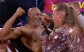 泰森與傑里科發生衝突。(圖源:互聯網)