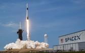 美國太空探索科技公司(SpaceX)5月30日發射火箭,31日成功以太空船將太空人送抵國際太空站,成為首家成功執行載人太空飛行任務的民間企業。(圖源:SpaceX)