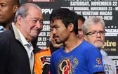WBA次中量級超級拳王帕奎奧(右)。(圖源:互聯網)