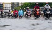 舊邑郡阮文魁街雨後受淹。