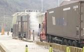 從7月1日起,在所有邊境口岸,每輛駛入中國的卡車都須購買車輛保險。(示意圖源:海關在線)
