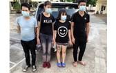 非法入境的 4 名男女青年被送往集中隔離處。(圖源:范獲)