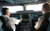 為我國航空公司服務的外籍飛機師。(圖源:俊馮)