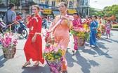 展現華人文化特色的元宵節遊行活動。