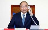阮春福總理與歐洲委員會主席烏爾蘇拉‧馮德萊恩電談。(圖源:光孝)