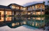每棟別墅都面向泳池。(圖源:Azerai)