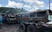 這場火警把約10輛車全被燒毀。(圖源:韓飛)