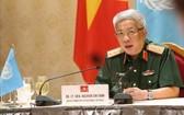 國防部副部長阮志詠上將在會上發表講話。(圖源:越通社)