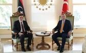 9月6日下午,土耳其總統埃爾多安(右)和到訪的利比亞民族團結政府總理薩拉傑在伊斯坦布爾舉行會談。(圖源:互聯網)