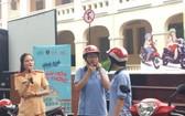 """市大學生輔助中心在黎鴻鋒專校舉辦""""交通文化"""" 活動。"""