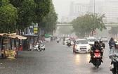 低氣壓帶來的水氣增多,中部南面各省強降雨。()