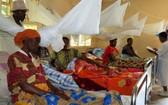 在烏干達首都坎帕拉西南400公里處,人口基金會支持建設的一個衛生中心,讓婦女在懷孕的最後階段可以保持舒適,避免艱苦旅行。(圖源:聯合國)