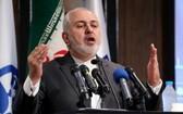 伊朗外長扎里夫在首都德黑蘭發表。(圖源:AFP)