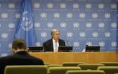 聯合國秘書長古特雷斯(後)在記者會上講話,歡迎利比亞衝突雙方達成停火協議。(圖源:新華社)