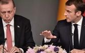 土耳其總統埃爾多安(左)與法國總統馬克龍。(圖源:AFP)