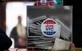 截至美國東部時間10月30日晚,2020年美國大選提前投票的選民數量已超過8600萬,其中郵寄投票數量超過5500萬。(圖源:新華社)