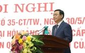 河內市市委書記王廷惠在會議上發表講話。(圖源:曰成)