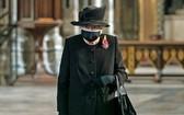 英女王首次戴口罩在公開場合露面。(圖源:Getty Images)