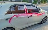 遭噴漆的一輛汽車。(圖源:N.T)