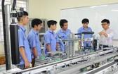 勞工須在學期間學習專業知識與軟技能。