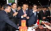 政府常務副總理張和平出席中國-東盟博覽會並看望越南館。