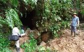 事發的深山洞位置。(圖源:越通社)