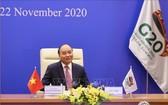 越南政府總理阮春福出席會議。(圖源:越通社)