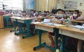 在課堂上學生不能脫口罩。