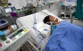 患登革熱的肥胖病童因病情加重而連續兩週需要呼吸器輔助和做血液透析。