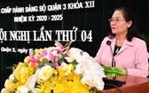 市委副書記、市人民議會主席阮氏麗在會上發表講話。(圖源:越勇)