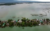 南亞季風時節,大片地區受到洪水的襲擊。(圖源:AP)