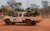 聯合國維和人員在中非共和國的班巴里鎮巡邏。(圖源:聯合國)