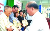第十一郡勵學會多位華人獲表彰
