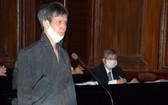 被告人范志勇在法庭上回答審判長問案。(圖源:TTBC)