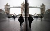 當地時間1月5日,英國採取了第三次嚴格性封鎖措施,倫敦街頭行人稀少。(圖源:路透社)