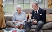 英國女王伊麗莎白二世與菲利普親王。(圖源:Getty Images)